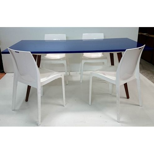 mesa-jantar-azul