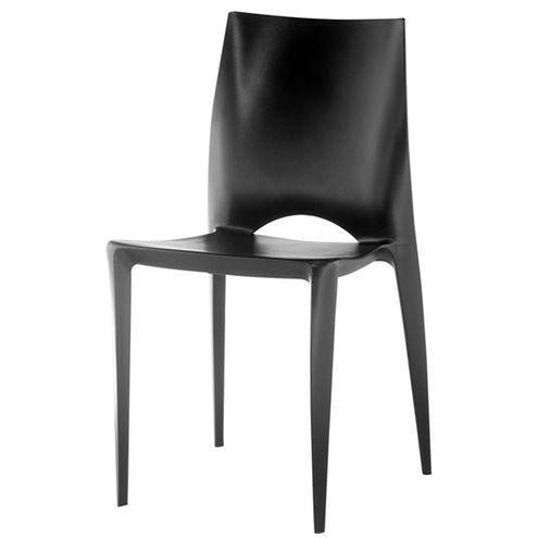 Cadeira-Daiane-Produzida-em-Polipropileno-Preto