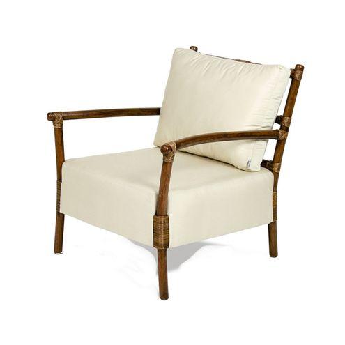 Poltrona-Vernon-Assento-Estofado-cor-Branco-com-Base-Madeira-Apui---44846