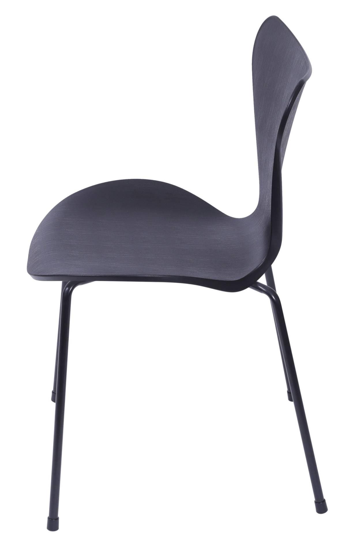 Cadeira Jacobsen Series 7 Polipropileno Preto com Base Metal - 55944