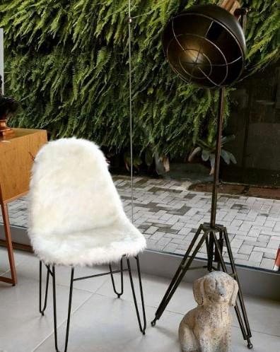 Cadeira Invisi Pele Sintetica Branca Base Aco 45 cm - 47025