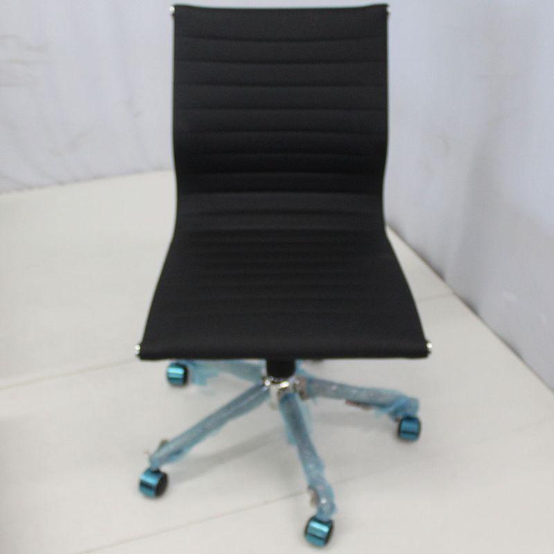 Cadeira-Office-OUTLET-Estofada-Baixa-Preta-Sem-Bracos-Cromada---10
